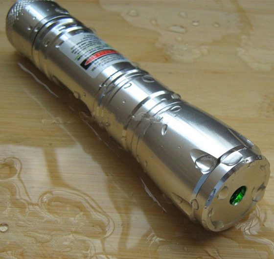 adjustable 300mw green laser pointer flashlight burning match