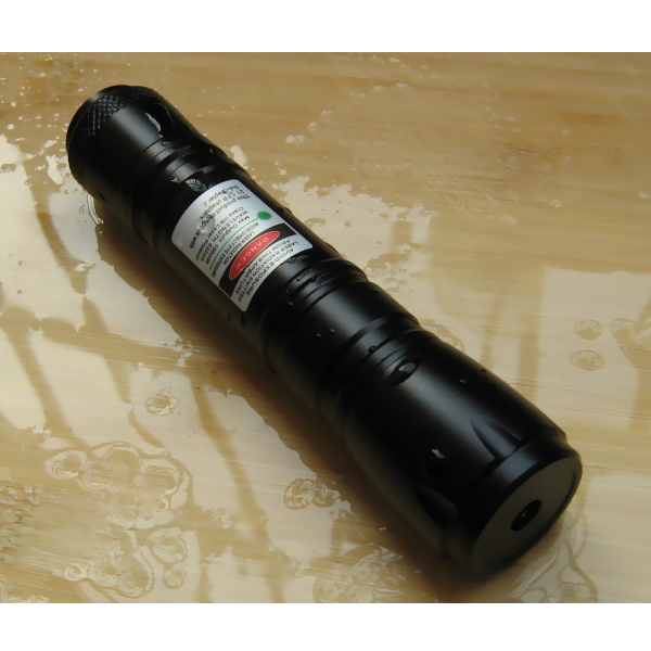 100mW waterproof green laser black flashlight
