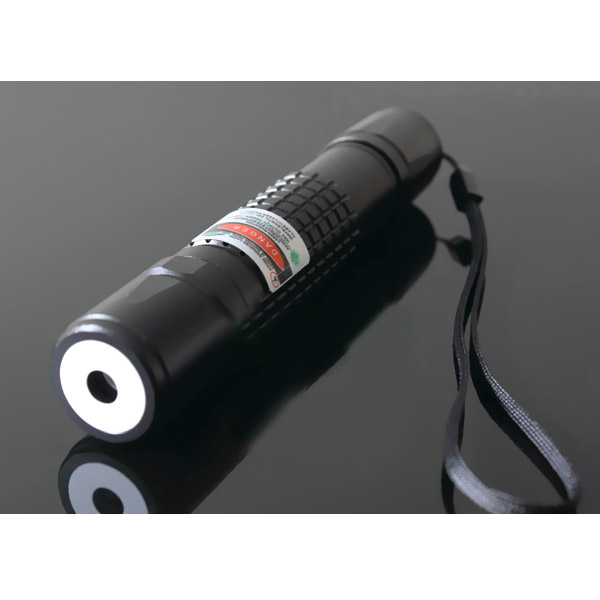 200mw Red Laser Pointer Waterproof Focusable Flashlight Torch can burn match in the 4 meters away