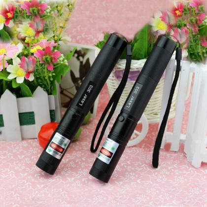 high powerful 5000mw green laser pointer burning cigarette
