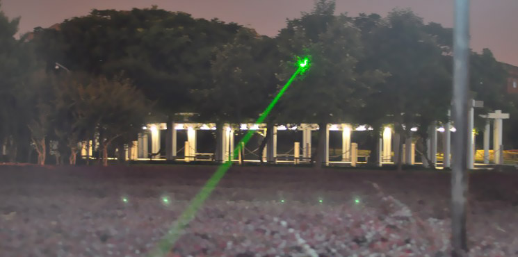 strong power green laser pointer
