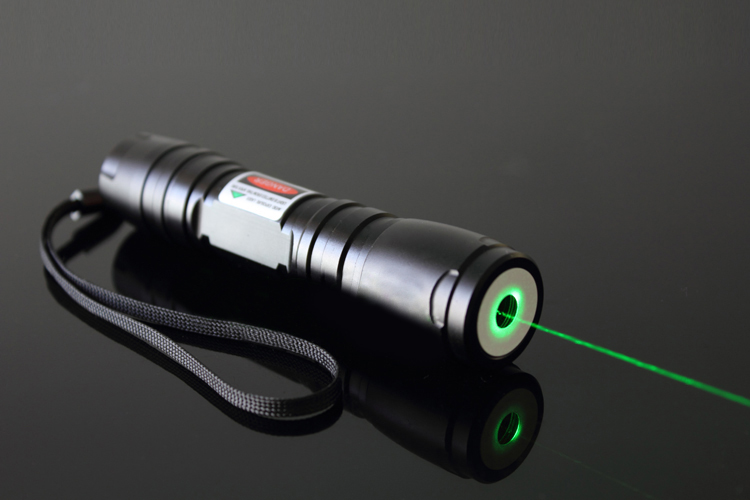 strong powerful green laser pointer 200mw